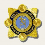 Beige Garda Symbol